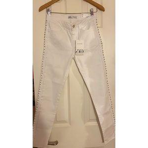 NWT- Zara Mid Rise Skinny Embellished Jean 💎